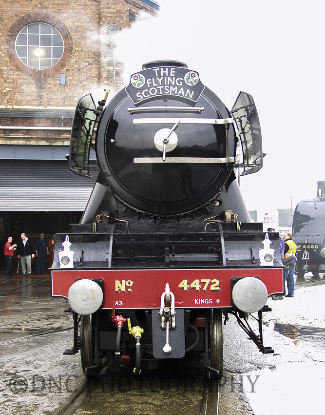 LNER A3 4472 Flying Scotsman in front of the erecting shop