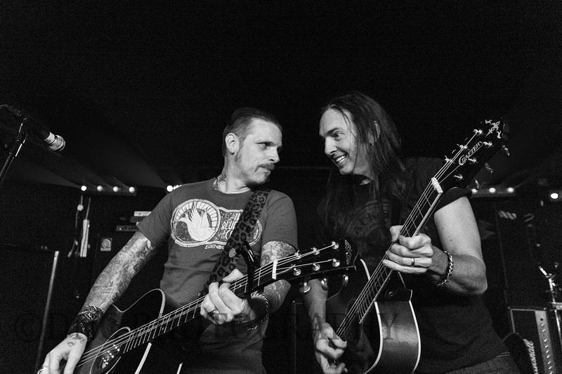 Warwick & Johnson Unplugged