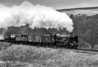 LMS 46100 Royal Scot approaches Moorgates.